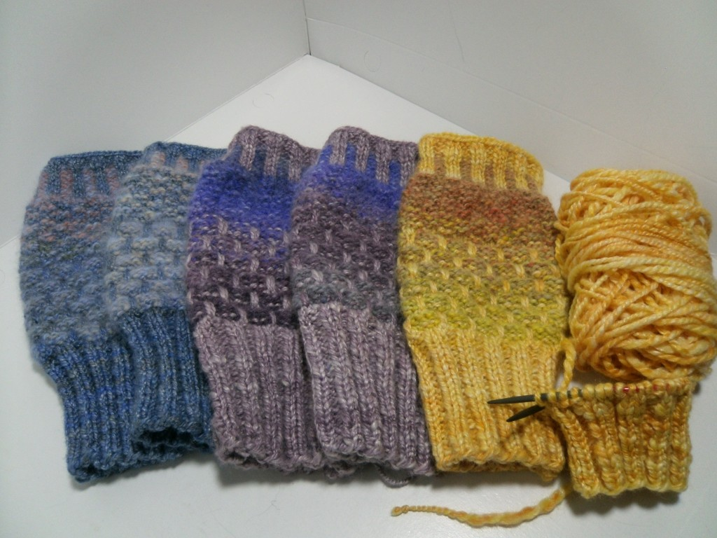 New Hue and Newhouse Just Add Knitter Mitt Kitts
